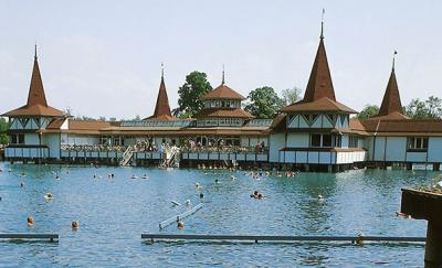 Egyre népszerűbb Hévíz a turisták körében