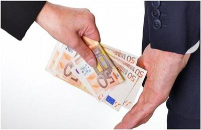 Négyből három cégvezető szerint mindennapos a korrupció az üzleti életben