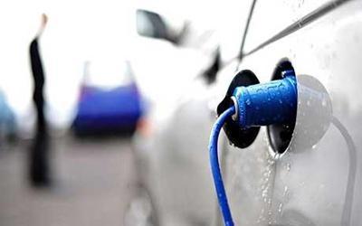 Tavaly 50 százalékkal több elektromos autót adtak el Spanyolországban