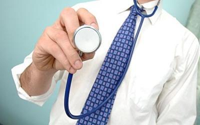 Kormányzati 'stuccok' az egészségügyi kérdésekben