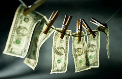 Az Európa Tanács szerint határozottabban kell fellépnünk a pénzmosás ellen