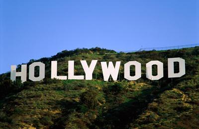 Hollywoodi sztárok filmes ékszereit árverezik el