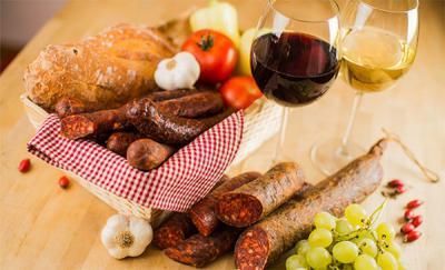 EU: Több mint kétszeres különbség az élelmiszerárakban