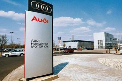 Figyelmeztető sztrájk az Audinál