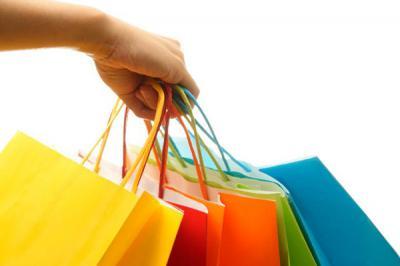 Miért veszik a tinik a hamis márkás cuccokat?