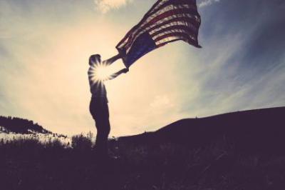 Az amerikai választás szokásosan egy bombasztikus médiaesemény