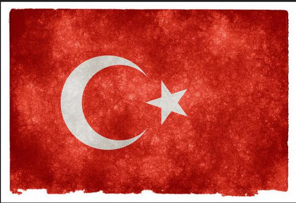 Mélyponton a török líra Európában