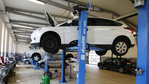 Mi történik, ha nem visszük rendszeresen szervizbe az autónkat?